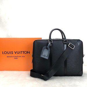 Louis Vuitton Porte Voyage Epi